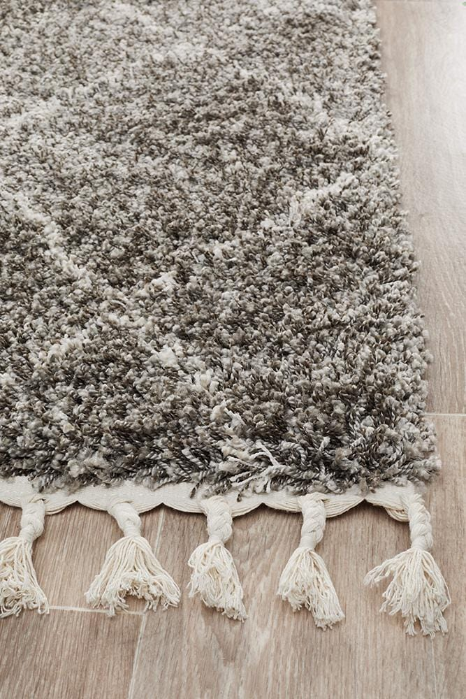 Saffron 44 Grey Runner Rug