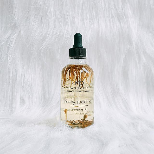 HYDRATING BODY OIL HONEYSUCKLE
