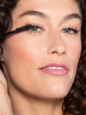 LIMITLESS LASH MASCARA - The Makeup Room