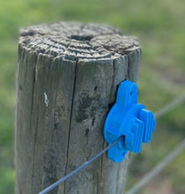 Load image into Gallery viewer, Insulator Blue up to 6mm wire or polybraid