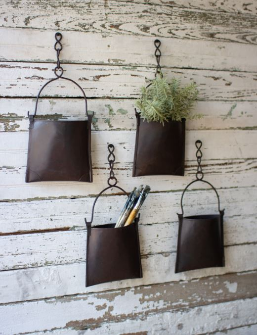 Set of 4 Hanging Iron Pocket with Chain