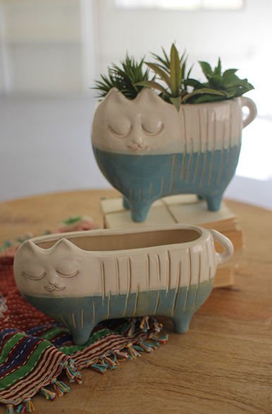 Ceramic Cat Planter - 2 Sizes