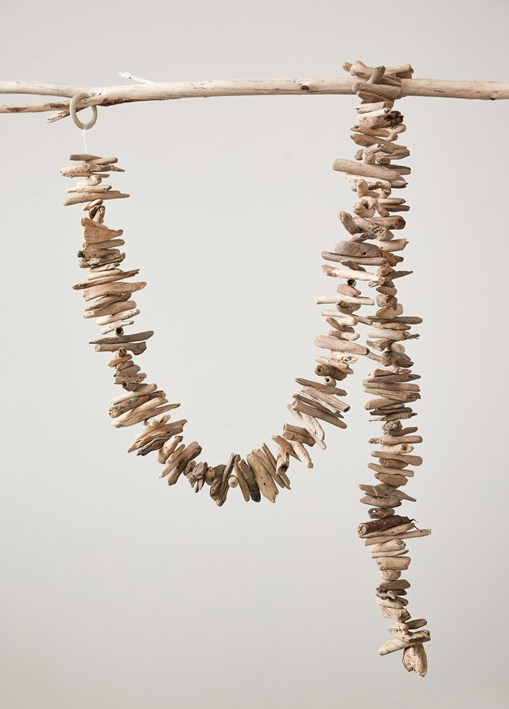 "70""L Natural Driftwood Garland"