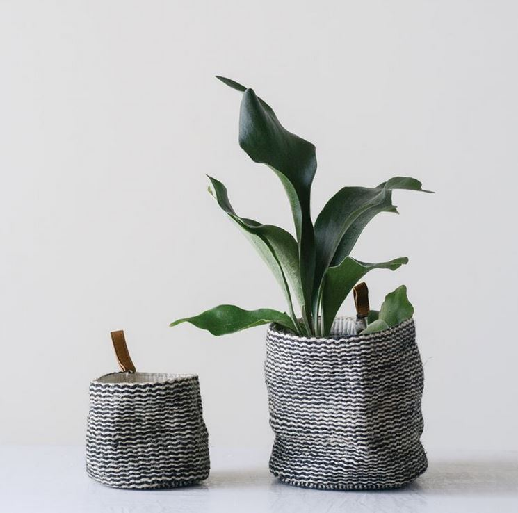 Jute Wall Baskets with Leather Loop - 2 Sizes