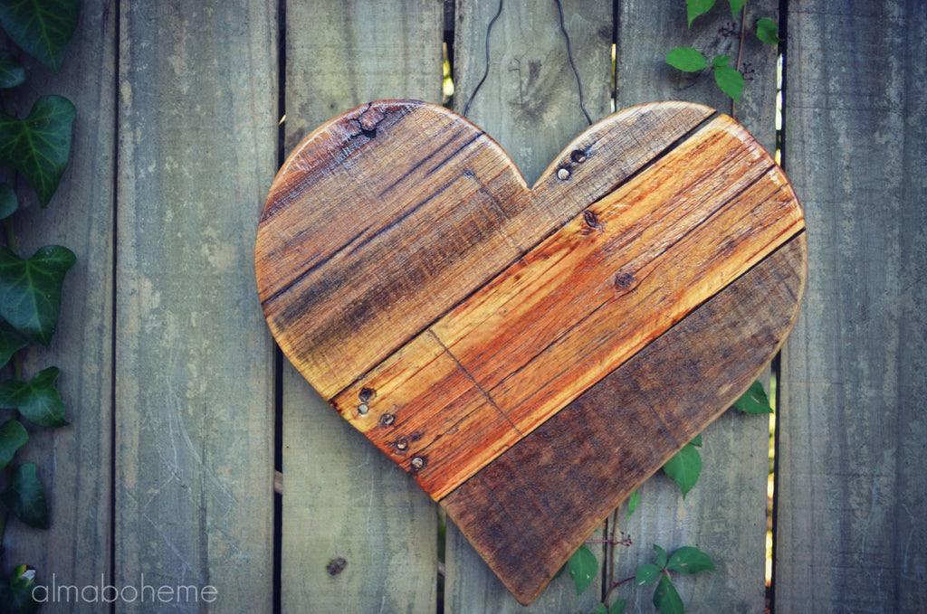 "Reclaimed Pallet 12"" Wood Heart - 3 Styles"