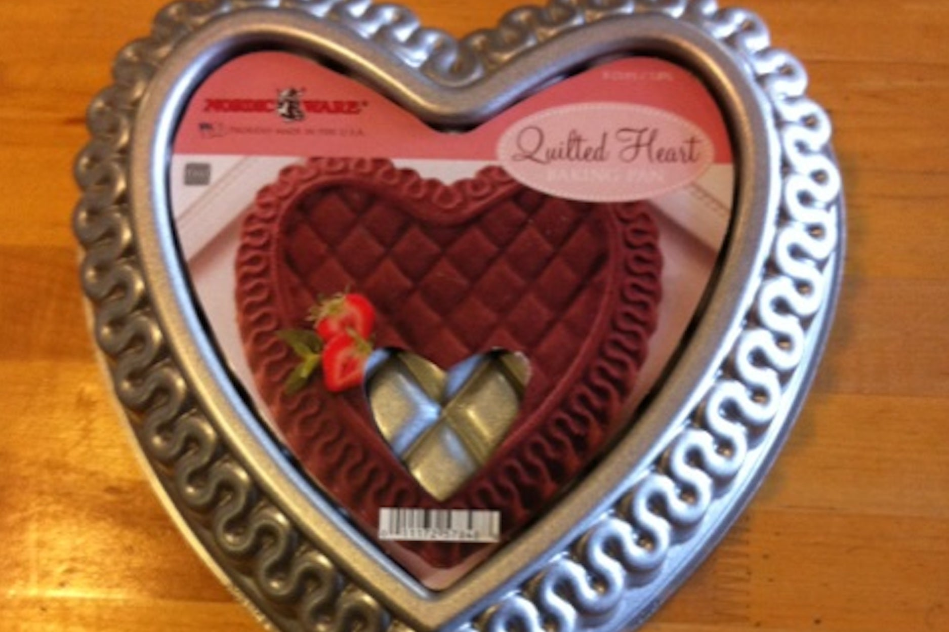 Quilted Heart Bundt Cake Pan