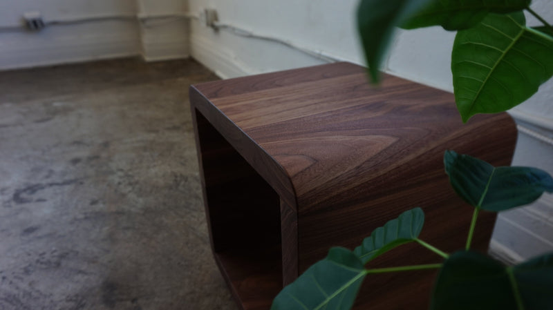 The Ava [walnut]