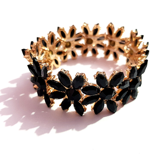 Golden Black Color Crystal beads Bracelet