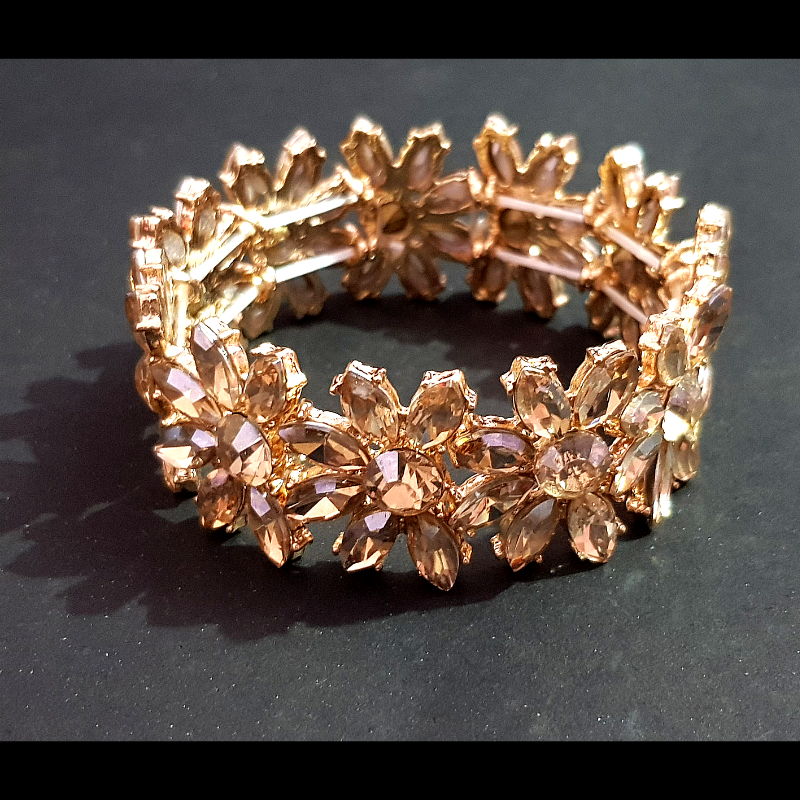 Golden Campaign Color Crystal Stone Bracelet