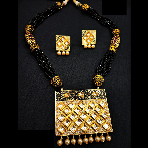 Black Rani Haar With Kundan and Moti Work Necklace Set Golden - Black