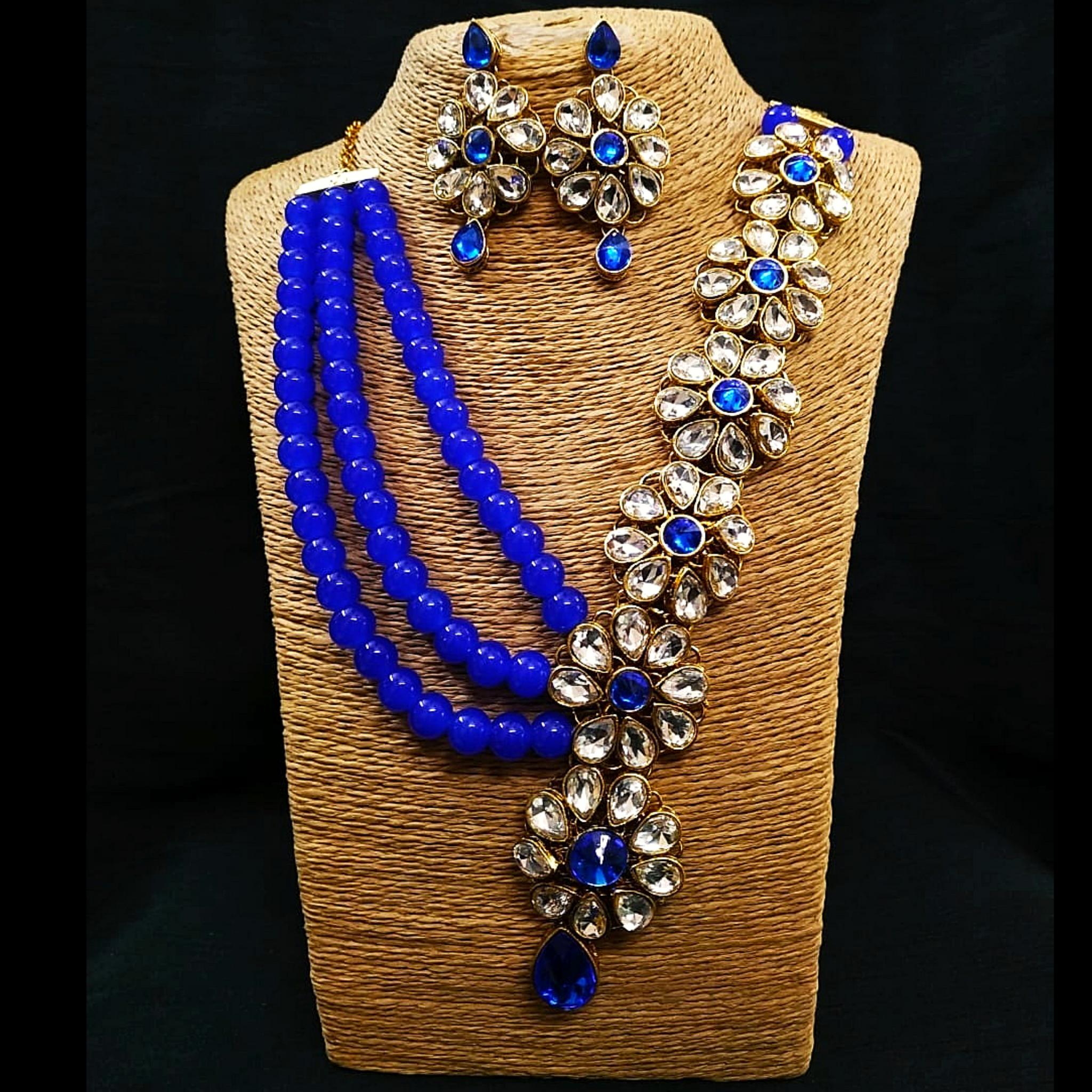 Kundan Look Floral Design - Necklace Set in Golden - Blue