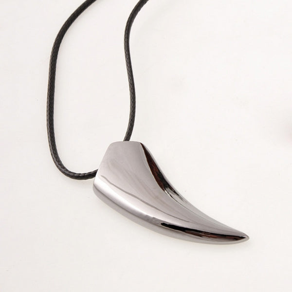Men's Necklace Titanium Made Wolf Tooth Shape Pendant Necklaces