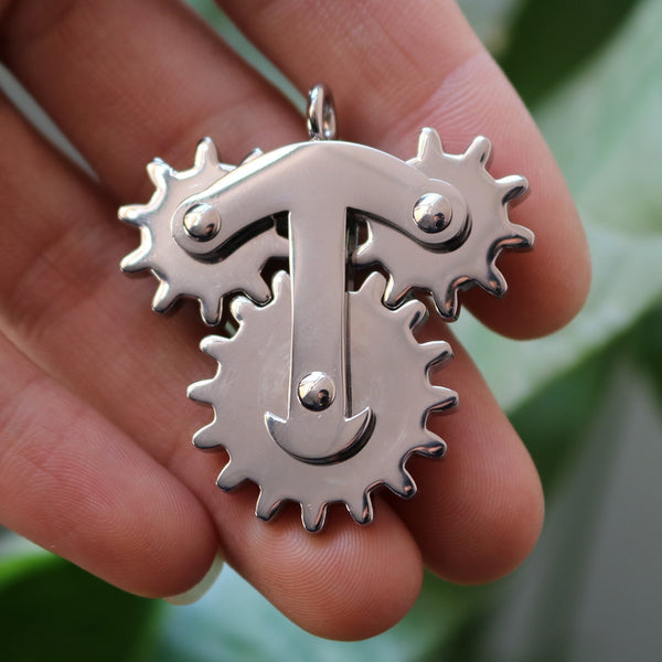 Men Pendant Gear Spinner Stainless Steel Exclusive Design Style with Fun