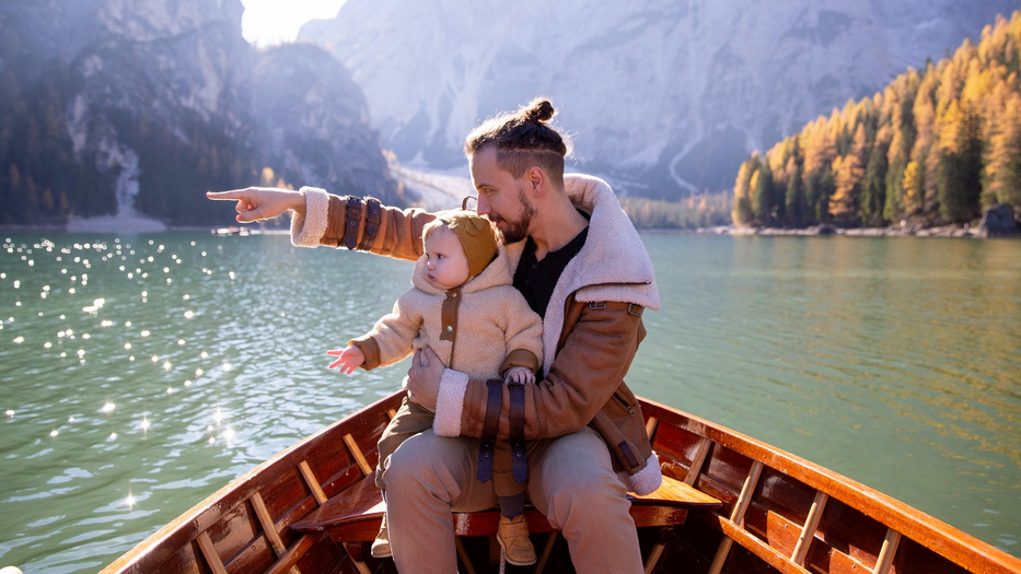 5 Tips to Make Sailing With Children Easier dad and kid rowboat