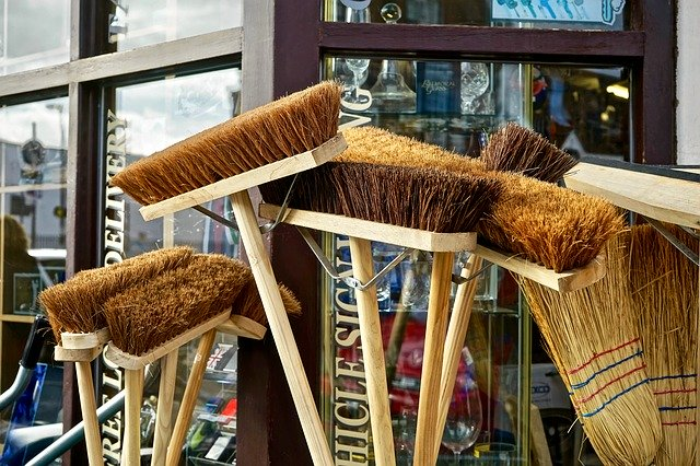 Whats the Difference in Boat Brushes? sweeping push broom