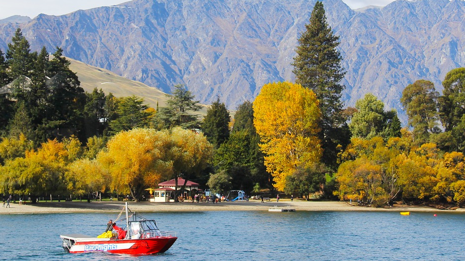 Is there a Kelley Blue Book for Boats? lake autumn