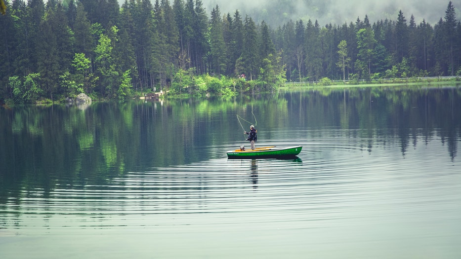 Where are the top 10 best fishing spots in the United States? fly kayak