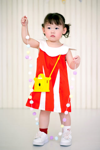 Sleeveless Dress with Scallop Collar (Scarlet) - MILLAROLLA