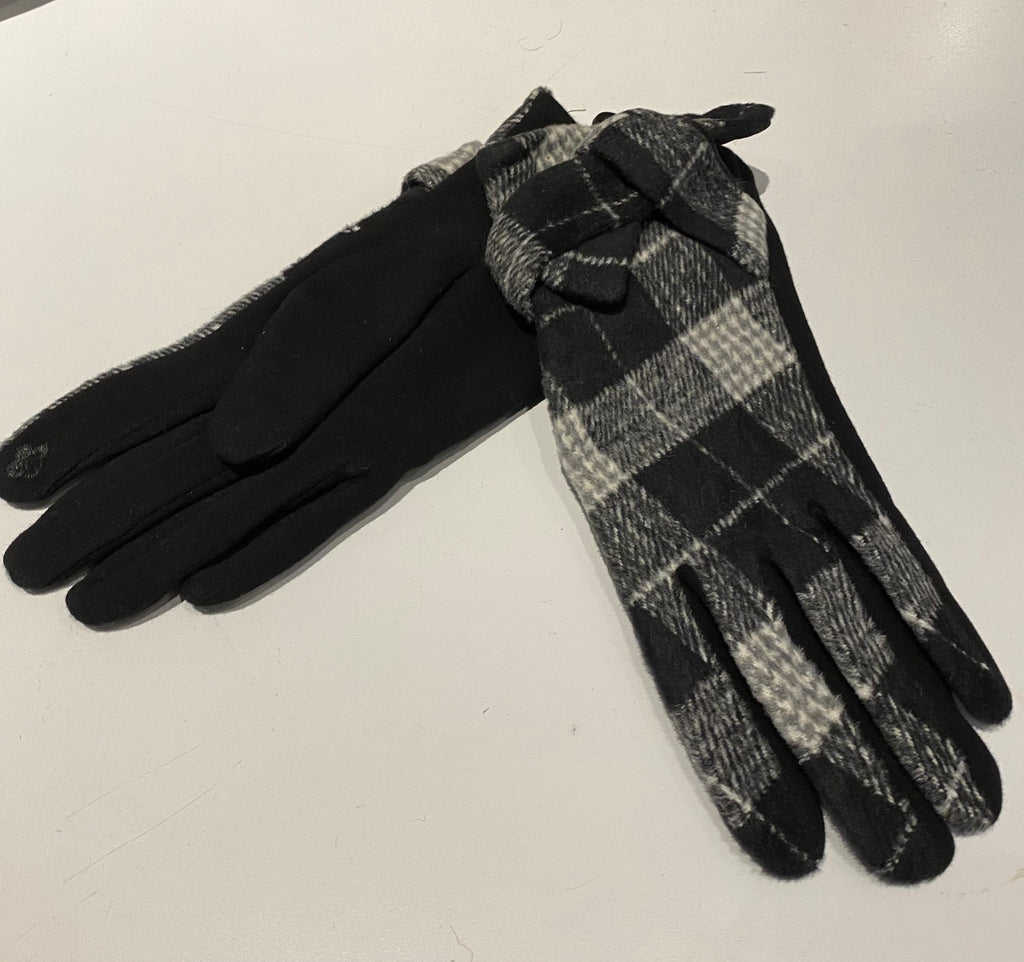 Gloves - Charcoal Check