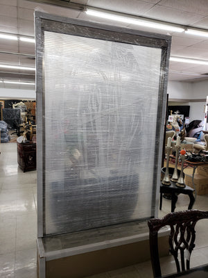 "BLUWORLD 60""x100"" Etched Glass Waterfall"