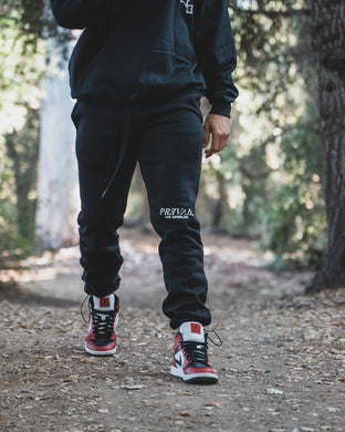 Staple Sweats - Blvck