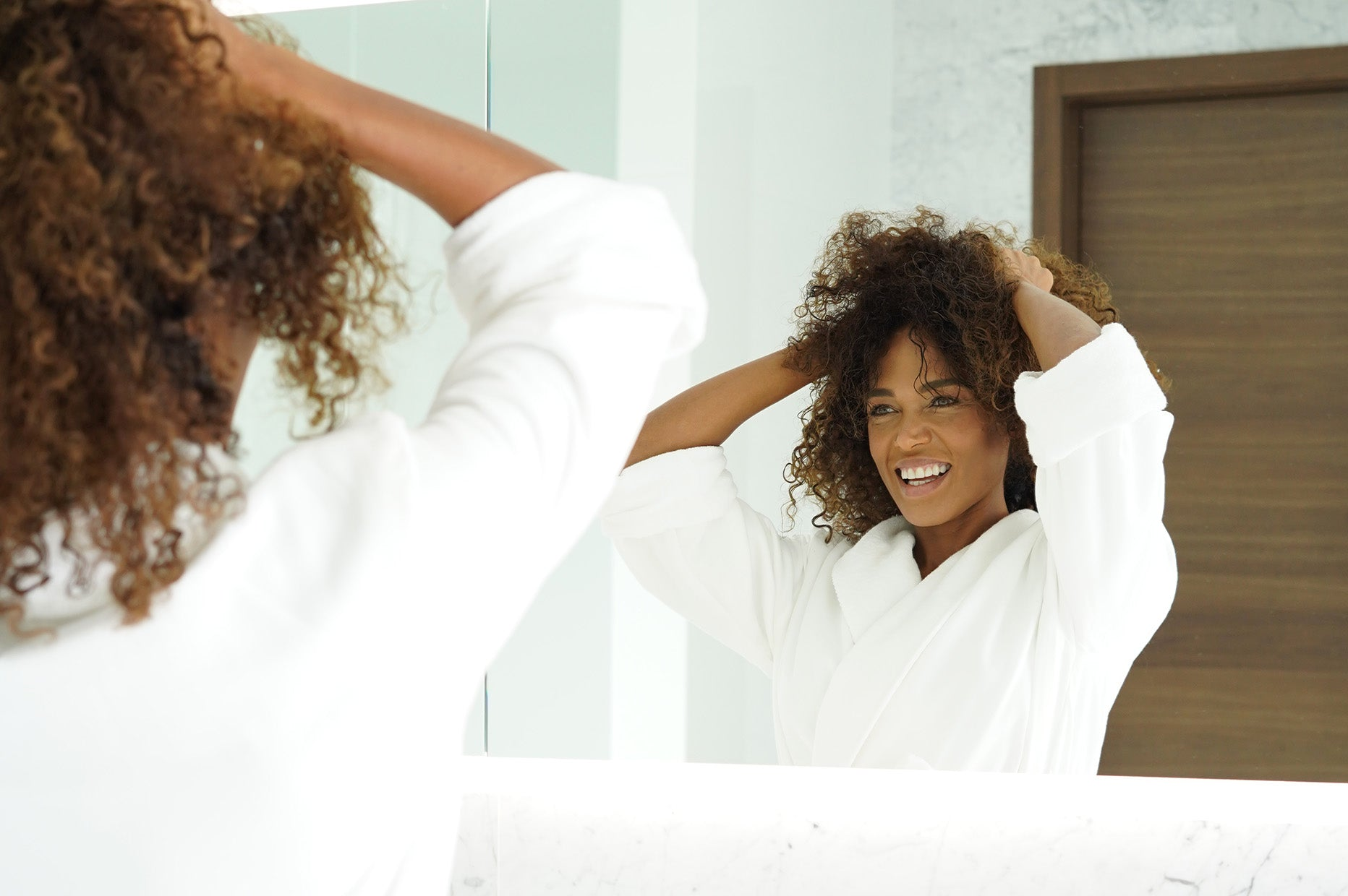 Styling Curly Hair: The Best Advice, Tips, Products and More