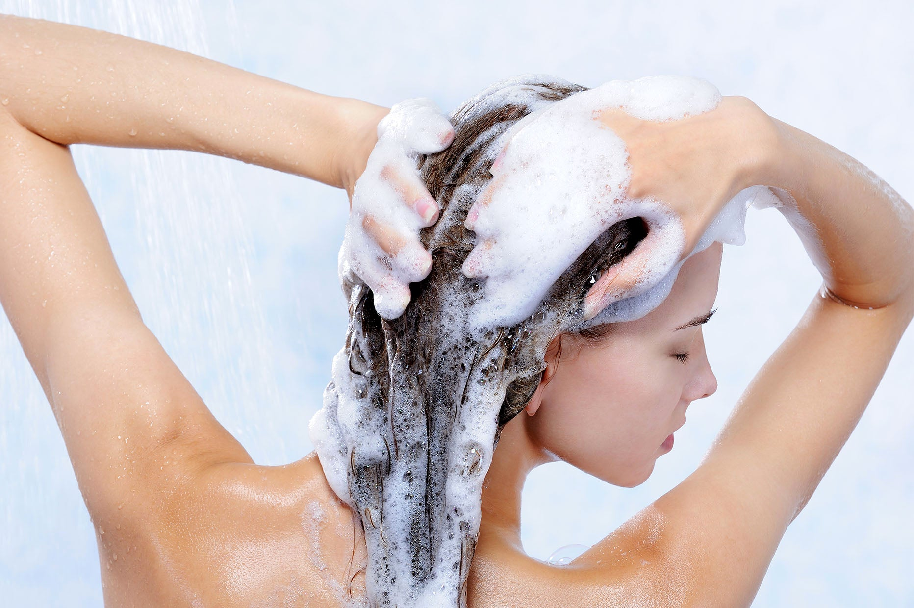 10 Best Smelling Shampoos for Your Hair