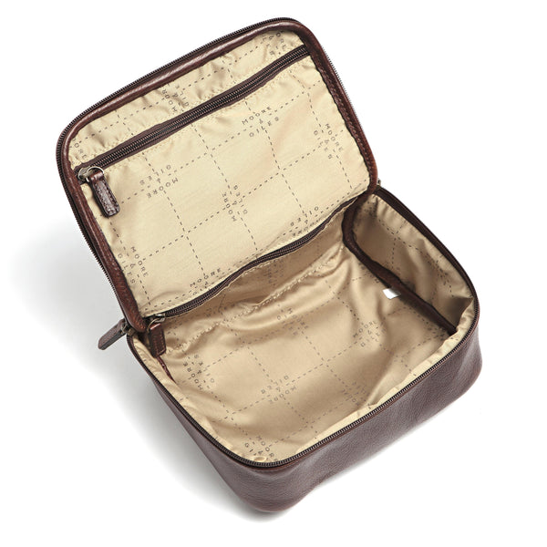 Moore & Giles Luggage Moore & Giles- Donald Wash Kit Titan Milled Brown