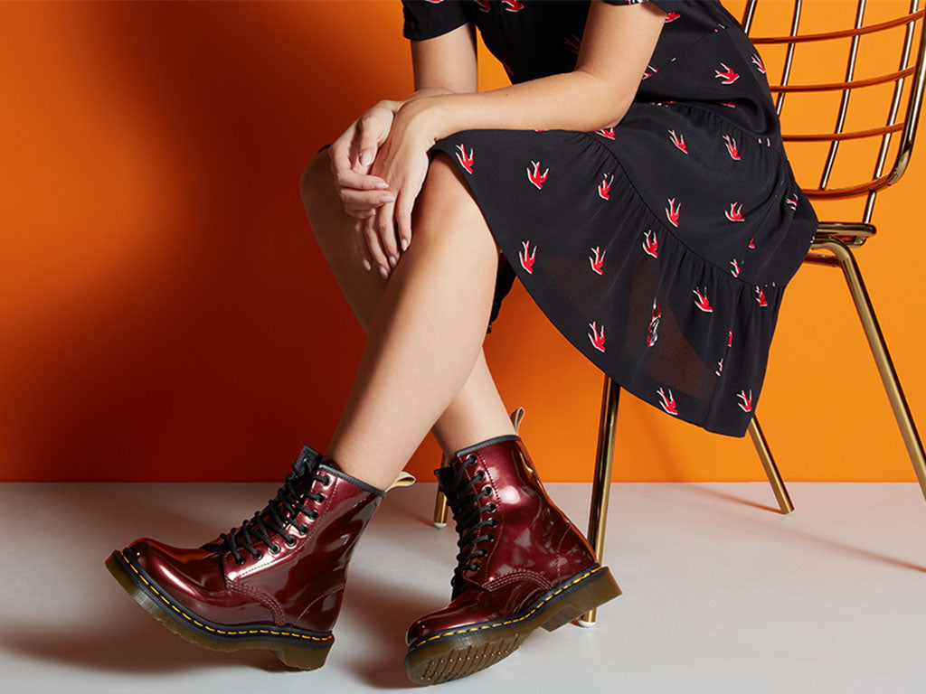Dr. Martens Womens 1460 Waterproof