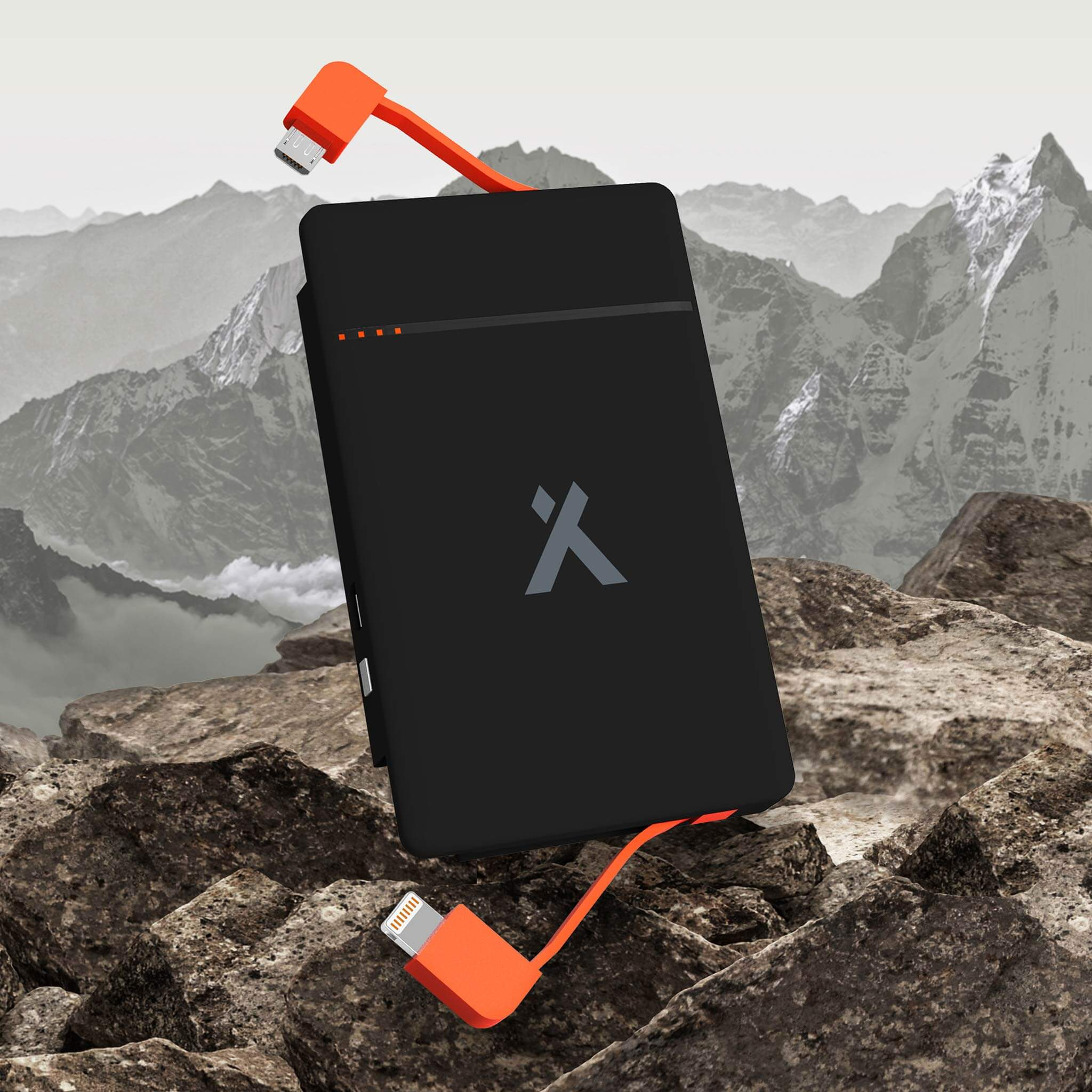 Inbuilt cables on the Bear Grylls Power Bank