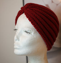 Load image into Gallery viewer, Red Winterland Turban