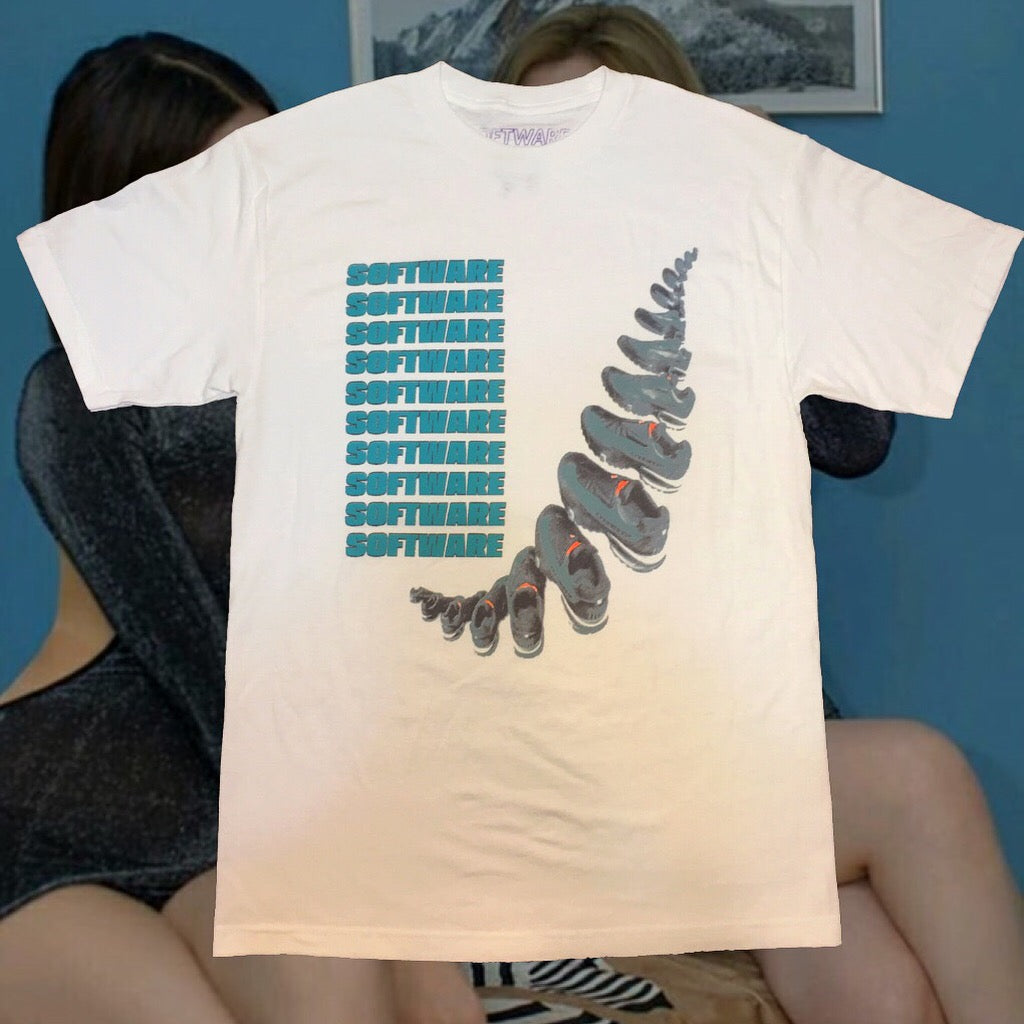 SOFTWARE SHOES TEE
