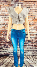 Load image into Gallery viewer, LONDON FLARE JEANS