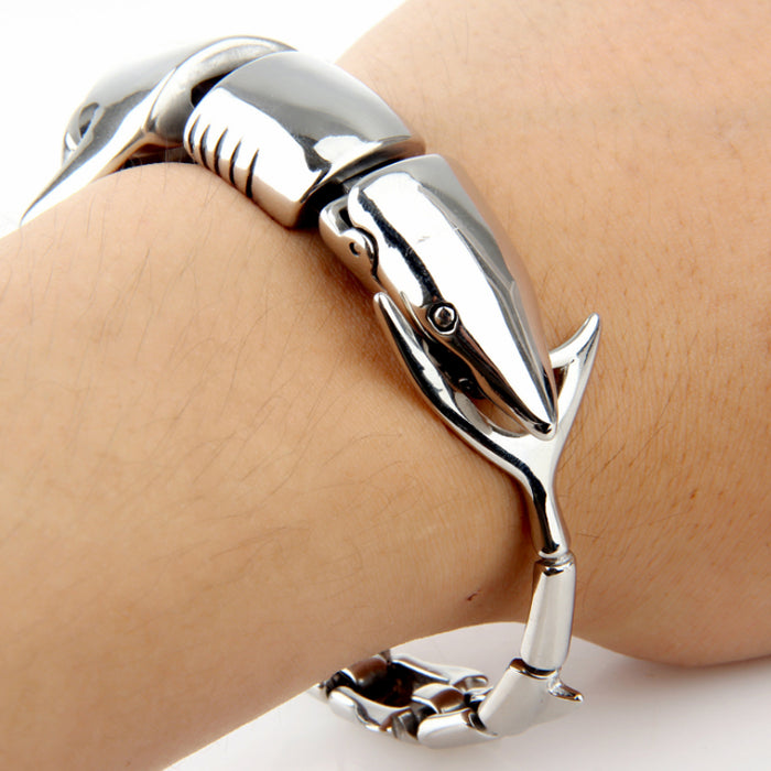 """The Jaws""2020 Latest fashion cool men stainless steel casting jewellery bracelets shark bracelet"