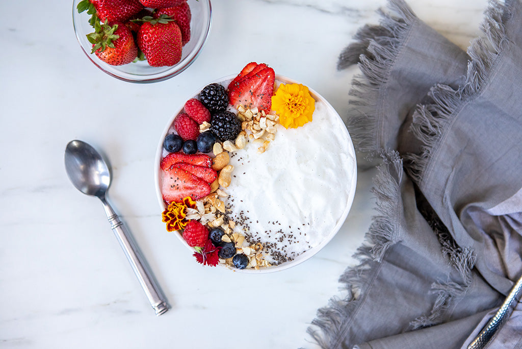 White Chocolate Coconut Smoothie Bowl