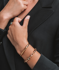 Aiverc Signature Gold Thin Cuff - Aiverc | Designer Watches