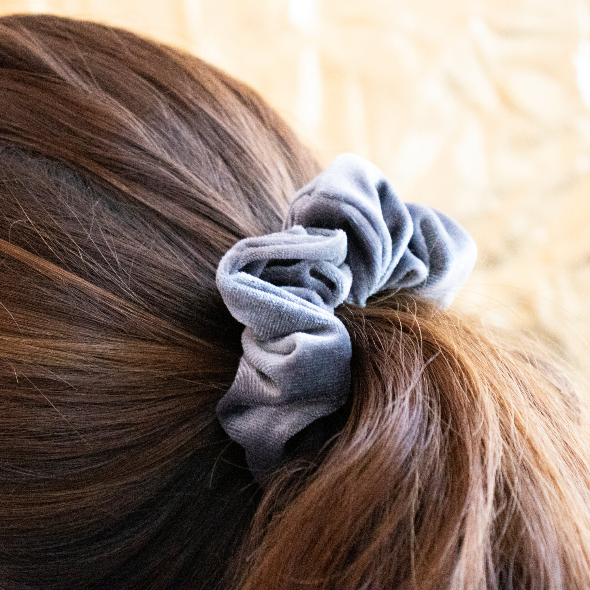 Scrunchie Mirror Grey