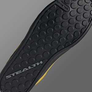 STEALTH Updated Dotty Outsole Print