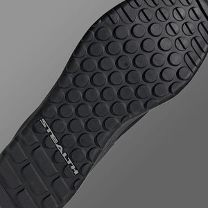 STEALTH Trailcross Dotty Outsole Print