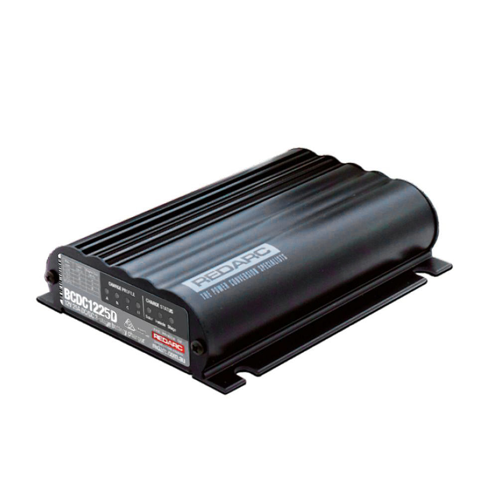 REDARC DUAL INPUT 25A IN-VEHICLE DC BATTERY CHARGER (BCDC1225D)