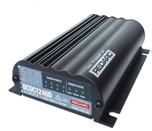 REDARC DUAL INPUT 40A IN-VEHICLE DC BATTERY CHARGER (BCDC1240D)