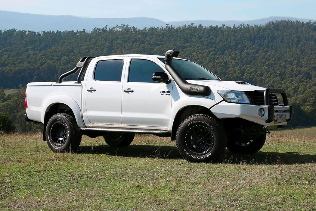 SAFARI SNORKEL TO SUIT TOYOTA HILUX 09/11 To 06/15 3.0L Turbo Diesel Model (SS122HF)