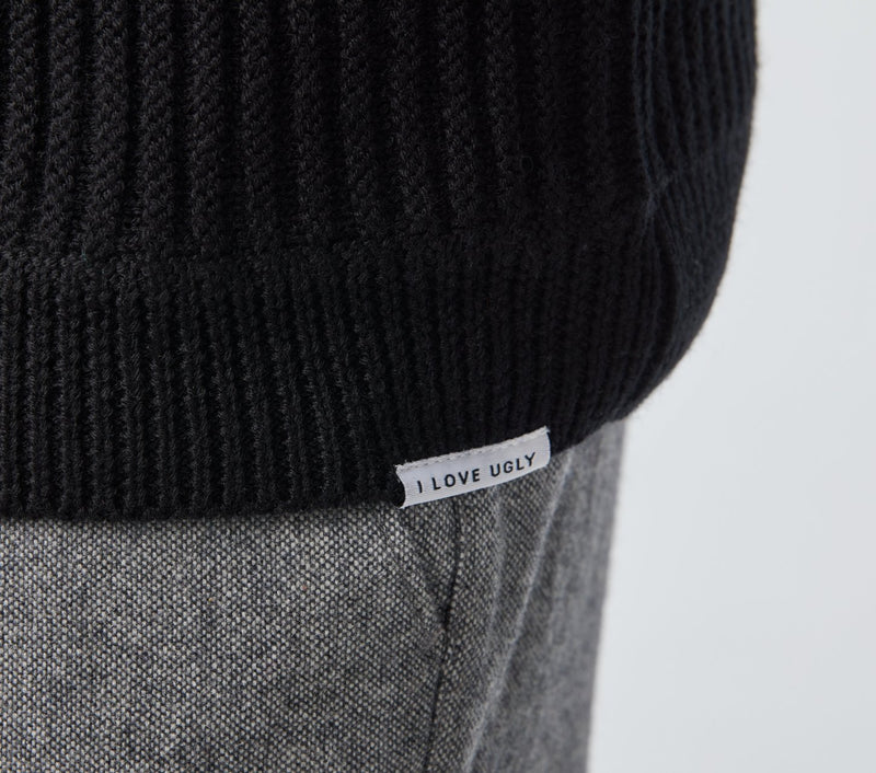 Cable Rib Knit Crew - Black