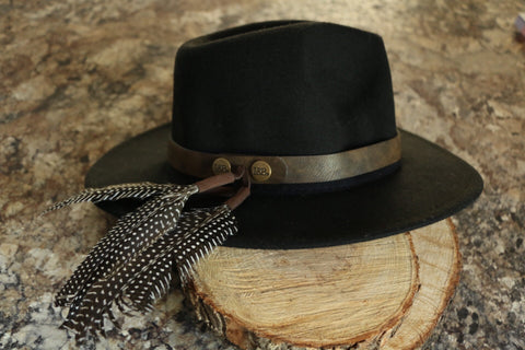Hatband w/ Dotted Feathers