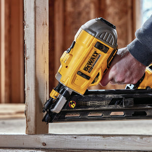 Dewalt 20V MAX*XR Lithium Brushless Dual Speed Framing Nailer DCN692M1