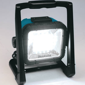 Makita DML805 18V LXT Lithium-Ion Cordless/Corded L.E.D. Flood Light, Bare Tool