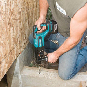 "Makita XRH03Z 18V LXT Lithium-Ion Cordless 7/8"" Rotary Hammer, Bare Tool"