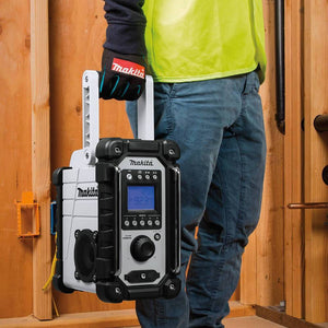 Makita XRM05W 18-Volt LXT Lithium-Ion Cordless Job Site Radio - Bare Tool