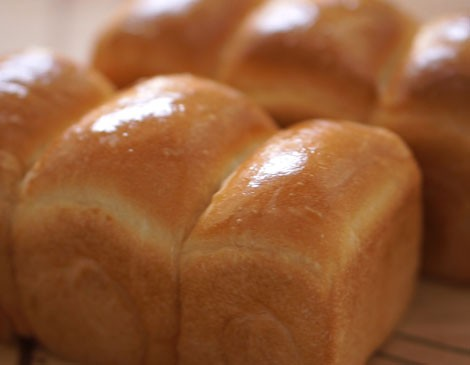 How To Make Shokupan ( Japanese White Bread)