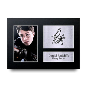 Daniel Radcliffe Gift Signed A4 Printed Autograph Photo Picture Display-The Curious Emporium